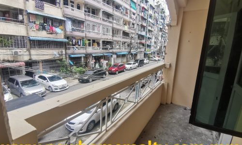 Apartment for sale in Botahtaung