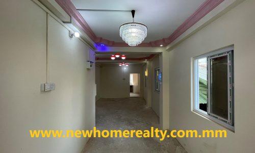 Apartment for sale in Nga Moe Yeik Ward, Thingangyuan, Yangon